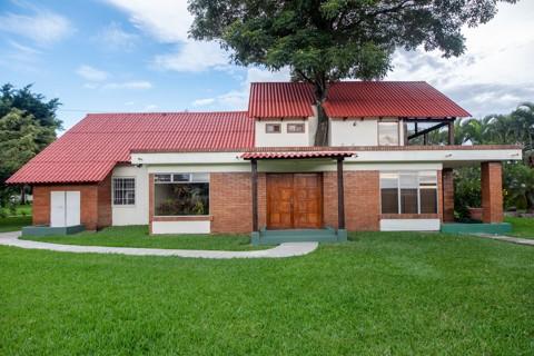Casa - Donald Rodríguez